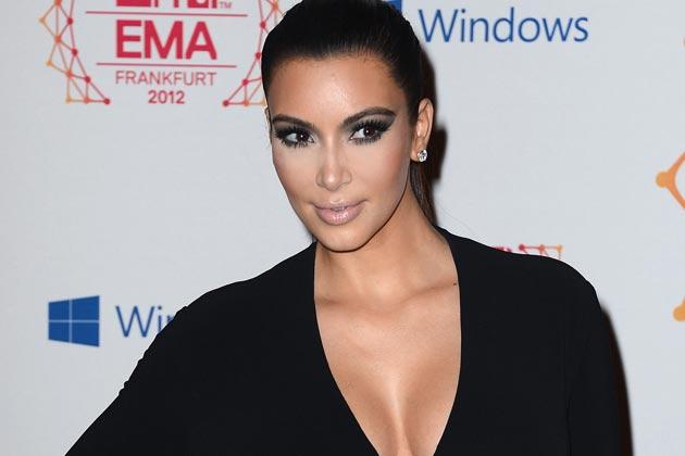 Unggah Foto Bugil, Kim Kardashian Dikritik