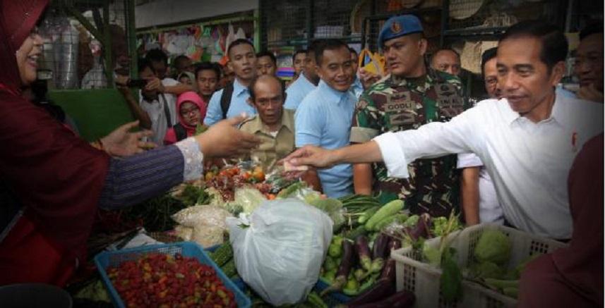 Pantau Harga, Jokowi Blusukan di Pasar Kranggan Jogja