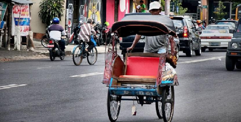 Langkah Mundur Hidupkan Becak di Jakarta