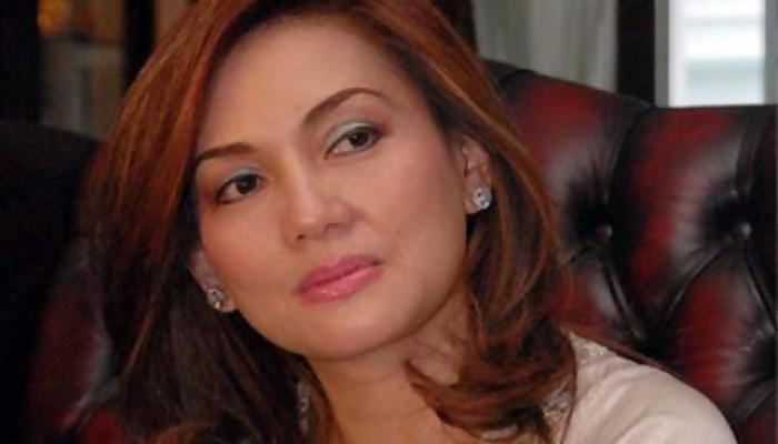 Nia Daniati: Farhat Abbas Terlilit Hutang