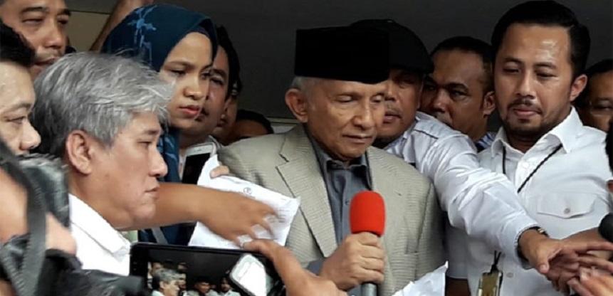 Amien Rais Tantang Jokowi Copot Kapolri Tito