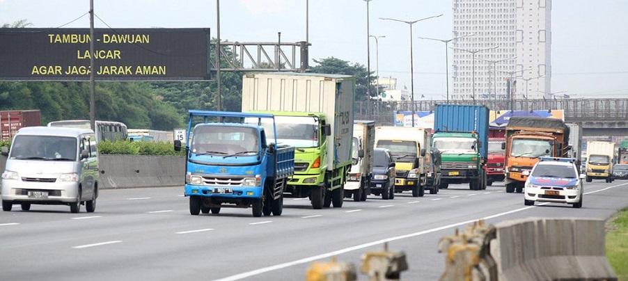 Mudik, Volume Kendaraan di Tol Jakarta-Cikampek Turun
